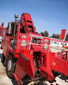 佳联玉米联合收割机,巨明玉米收割机,玉米联合秸秆收割机,供应回钱水田高花轮胎 玉米收割机轮胎